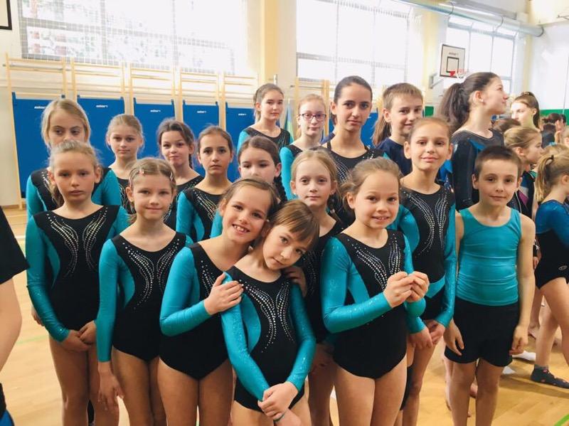 Državni polfinale v gimnastiki: skoki z male prožne ponjave