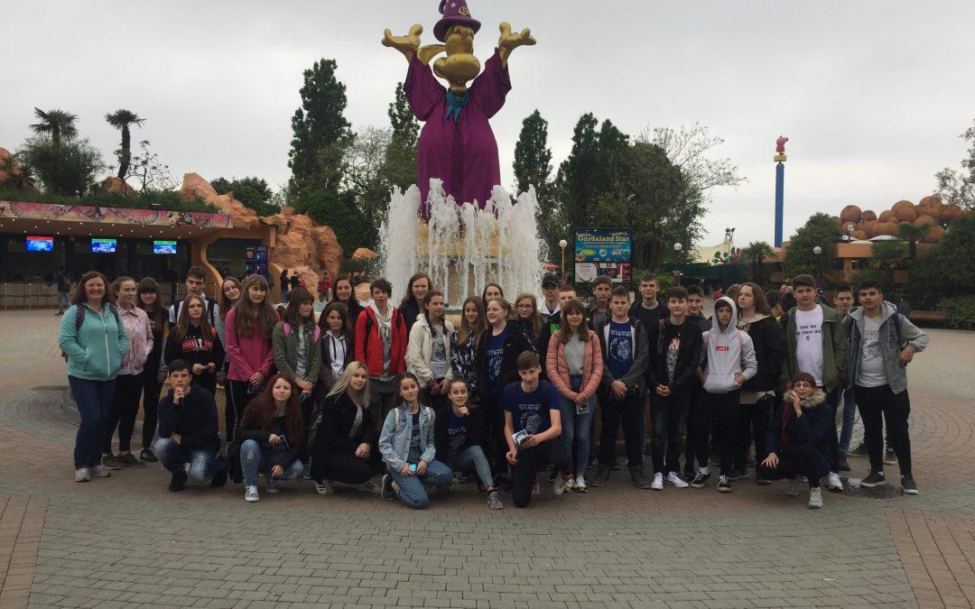 Devetošolci v Gardalandu